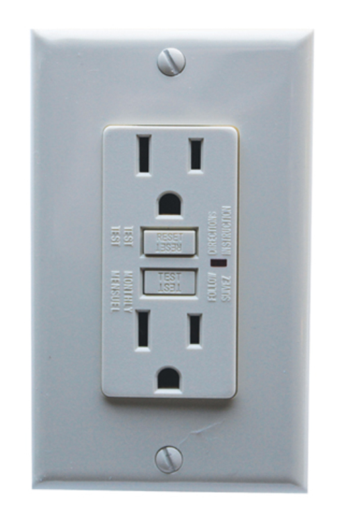 Ground fault circuit interrupter gfci outlets 20amp for Bathroom 15 or 20 amp